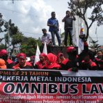 Aksi KSPI FSPMI Sumut Tolak Omnibus Law